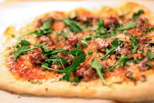Fennel_sausage_pizza