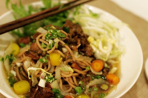 Caramel Braised Oxtail Noodle Soup