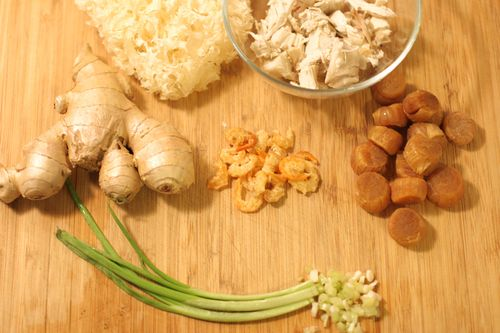 Chinese White Fungus Soup Ingredients